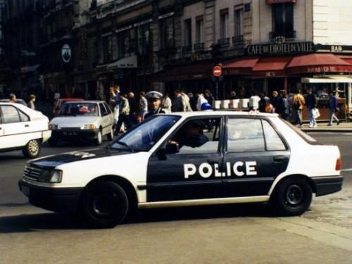 peugeot_309_5-door_police-547x410a7426.jpg